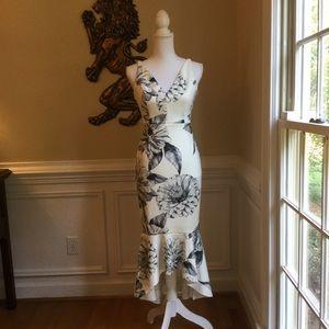 ASOS Sketched Floral Look Dress NWOT Sz.2/4